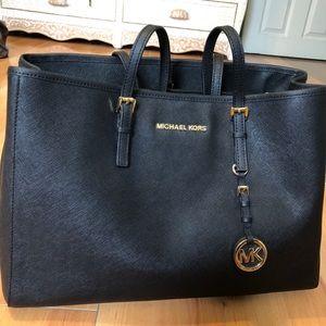 Black Michael Korda Bag (Like New)